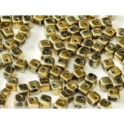 Crisscross Cubes 4 mm Crystal Amber Full  -  20  pcs