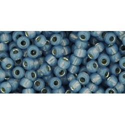 Rocailles Toho 8/0 Silver-Lined Milky Montana Blue