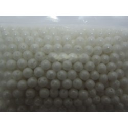 RounDuo® Beads 5 mm Chalk White Shimmer - 30 pz