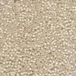Miyuki Round Seed Beads  11/0  Dyed Cream Silver Lined Alabaster - 10 g - cod. 0577