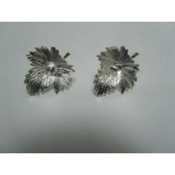 Perno Orecchino  Fiore  23x20  mm   Color  Argento  -  2 pz