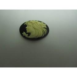 Cammeo Resina  Ovale  25x18 mm Donna  Ivory / Black- 1 pz