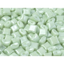 Wibeduo®  8 x 8  mm Opaque Mint Luster -  25 Pz