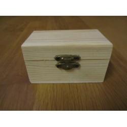 Wooden Chest 9x5,5 cm - 1 pc