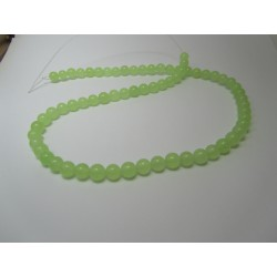 Jade Round Beads Dyed Light Green 6 mm - 10 pcs