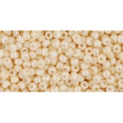 Rocailles Toho 11/0 Opaque-Lustered Light Beige