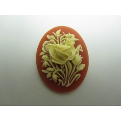 Oval Resin Cameo  40x30 mm Roses Ivory/ Corneol - 1 pc