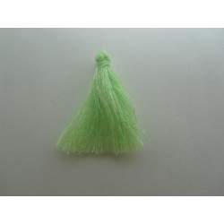 Cotton Thread Tassel Pendant  25-31 mm  Light Green    - 1 pc