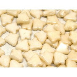 2-hole Bell 8 x 5 mm  Opaque Champagne Luster   -  20 Pz