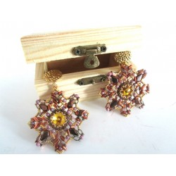Christmas Star Earrings Kit  with Wooden Safe  (material kit)